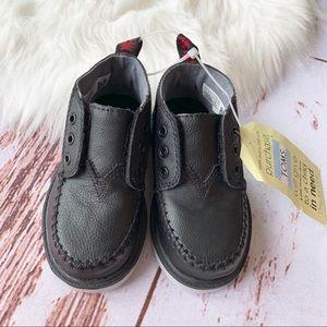 NWT TOMS Tiny Chukka Boots
